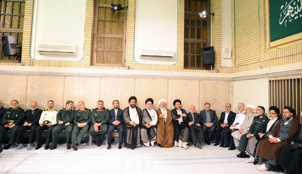 dadar_mardom_gilan_emam_khamenei  (3)