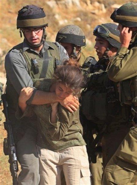 [تصویر:  israeli_soldiers_vs_palgirl-30.jpg]
