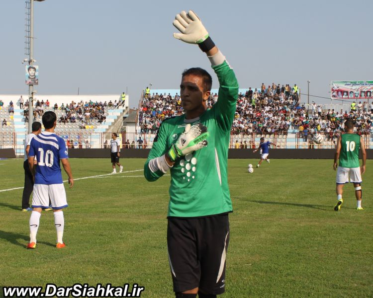 fotbal_malavan_perspolis (2)