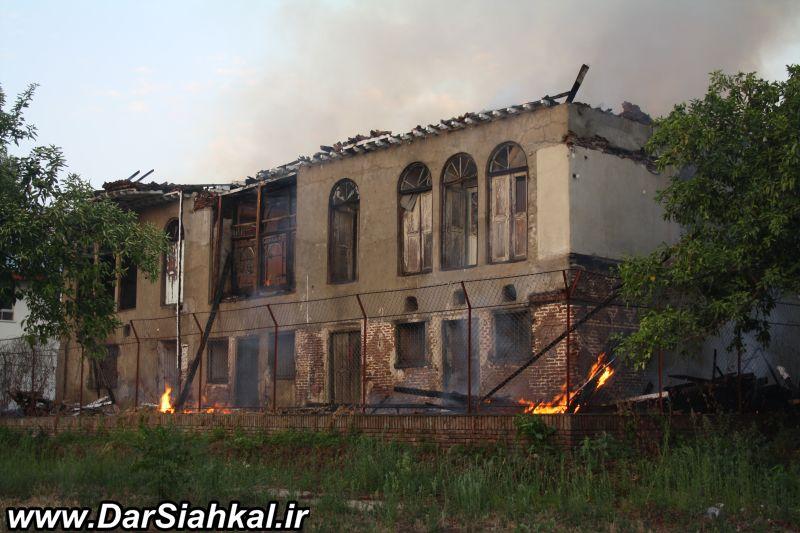 khane_sarhang_azodi_dar_siahkal_atashsozi (2)