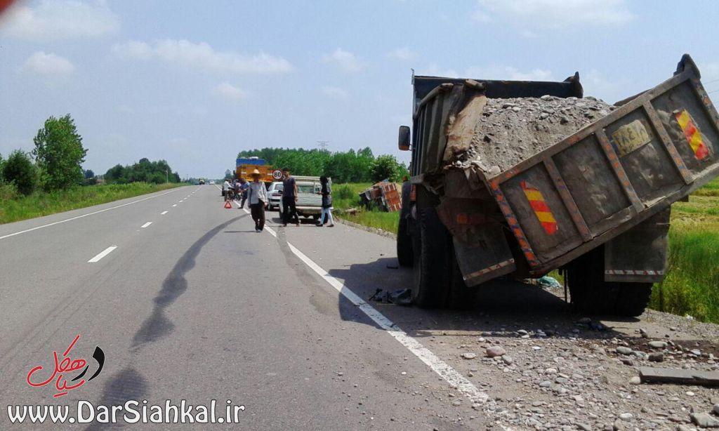 تصادف کامیون (۴)