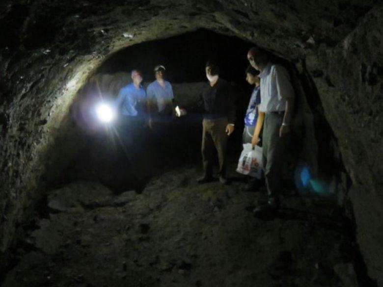 غار تونل دستکند میکال