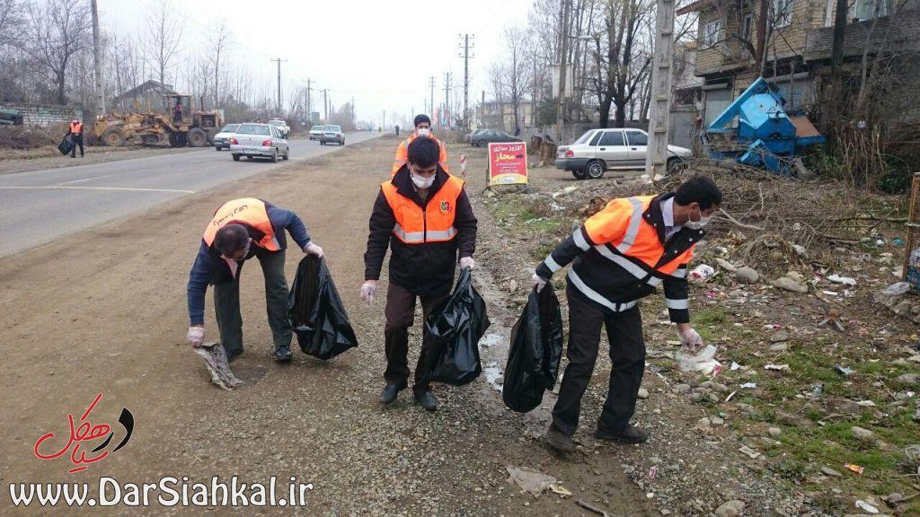 جمع آوری زباله راهداری سیاهکل (۶)