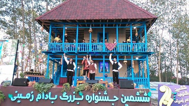 جشنواره بادام زمینی در آستانه اشرفیه